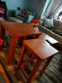 Pine nest of tables / side table