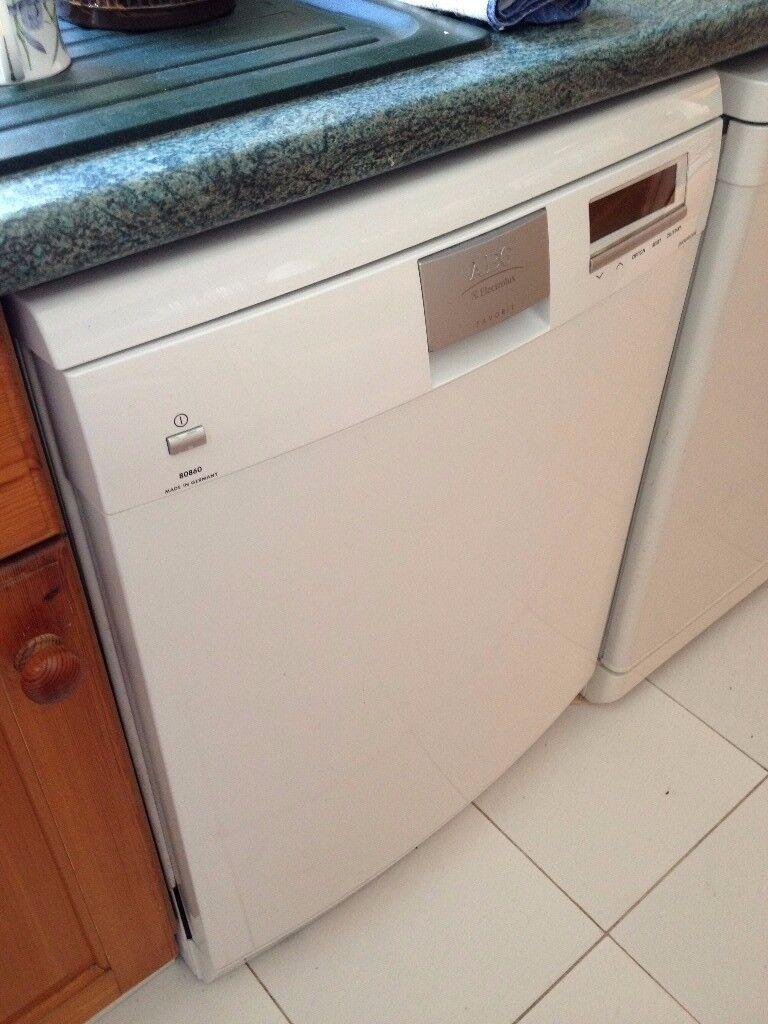 AEG Stand alone large Dishwasher