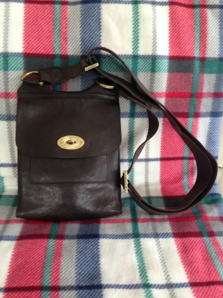 9df463e0bb79 Genuine Mulberry Antony Messenger Bag in Chocolate Brown