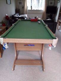 "folding pool/snooker table 5' x 2'6"""