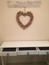 White shabby chic French dressing table
