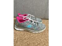 Girls Skechers size 1 and 1/2
