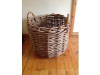 Log Basket Rough Rattan Xtra large