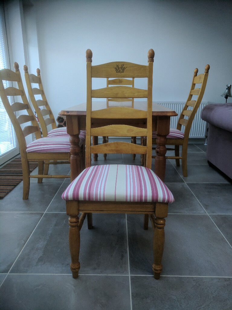 PINE DINING TABLE WITH 6 UPHOLSTERED CHAIRS | in Forfar ...