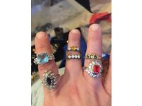 Lot of 6 sparkly rings