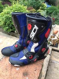 Sidi Boots (Size 9)