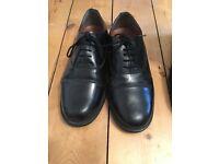 Men's black shoes Size 8