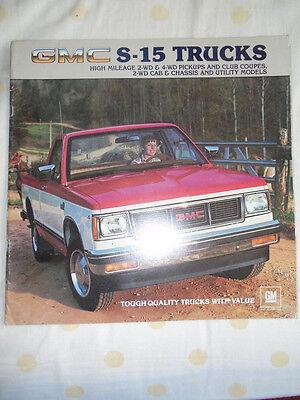 GMC S-15 Trucks brochure 1983 USA market large format