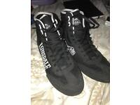 Lonsdale boxing boots size 8