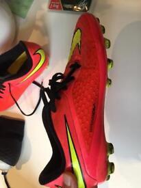 Nike hypervenom size uk 5