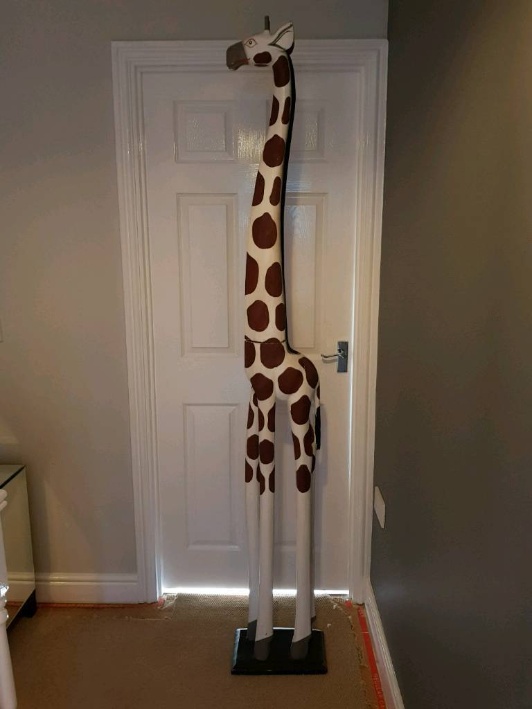 65 Foot Wooden Giraffe In Brough East Yorkshire Gumtree