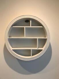 Round Decorative Wall Shelf
