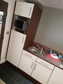 Modern Studio apartment situated in Huddersfield Centre *Available Now*