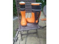 Stihl safety shoes, size 8/42 in very good condition.