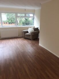 B20/ 3 ROOMS TO RENT