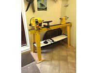 Axminster 'perform' wood lathe