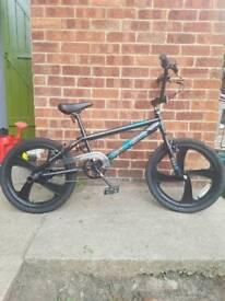 Westbeach gyromag 20 inch bike