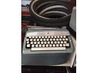 antique typewriter fully working