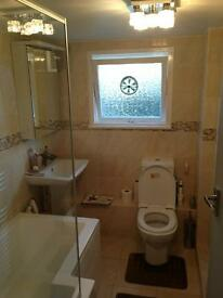GORGEOUS AND MINT CONDITION LARGE DOUBLE ROOM £850 PCM ALL BILLS INCLUDED IN FULHAM BROADWAY
