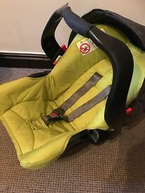 Graco Candy Rock Travel System Pushchair