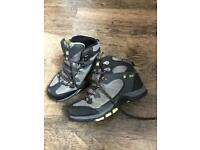 Children's Hi Gear Size 1 walking boots
