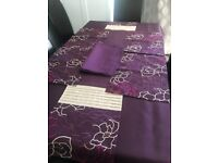 Dunelm 2Table Cloth, Table Runner Placemats and Napkins Full Set