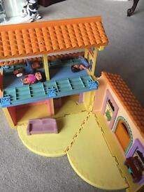 Dora house
