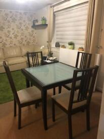 ,,Calligaris'' solid wood dining table and chairs