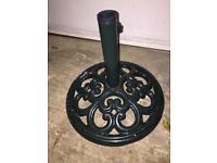 Cast iron umbrella stand/ parasol stand