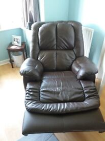 Leather 2 seater reclining sofa and 2 chairs. 1 chair recliner 1 not working but might be fixed.