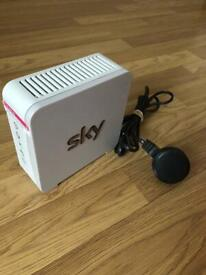 Sky router with power lead (white)