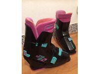 Salomon Ski boots ideal for a beginner