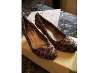 Leopard heels size 6