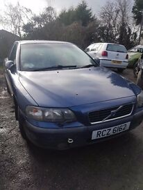 2003 VOLVO S60 2.0 AUTO PETROL BREAKING FOR PARTS