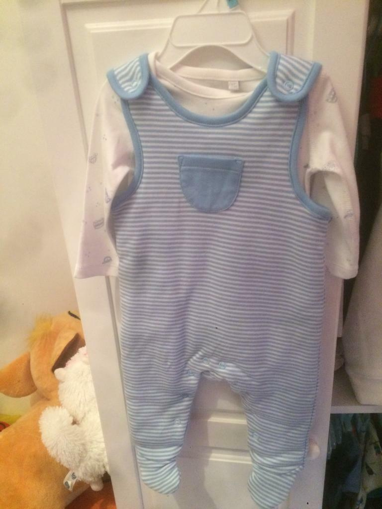 Bluezoo suit (3 6 monthsin Aberdare, Rhondda Cynon TafGumtree - Brand new never worn Bluezoo powder blue suit with white long sleeve vest. Thick material