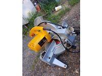 Jcb wood chop saw
