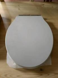 #Brand New# Soft Close Toilet Seat
