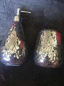 Mosaic matching set