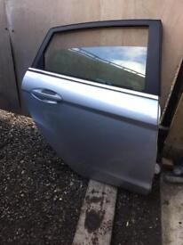 2015 Ford Fiesta drivers side rear door