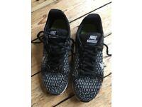 Nike air max sequent 2 black / grey / silver size UK 5 EUR 38