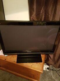Panasonic 37 inch televison,Perfect condition brilliant picture
