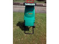 BOSCH RAPID 22OO GARDEN SHREDDER. MAINS ELECTRIC MODEL.