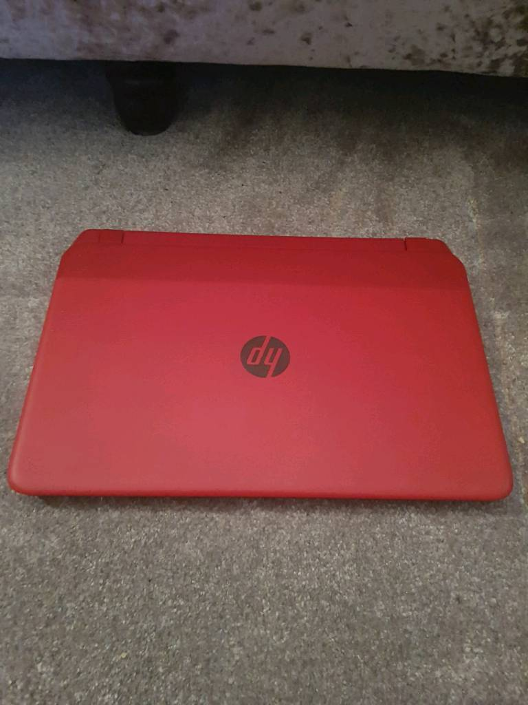 Red hp i3 laptop RRP £499 like new