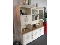 LARGE DRESSER \ DISPLAY CABINET STUNNING LOOKING QUALITY BULT SHABBY CHIC BEAUTIFUL