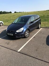 Ford s-max,full service history,very fast 225hp , 7 seats, east london . 07440172158