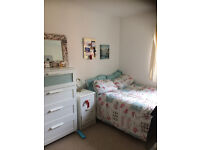 Double room available in stunning Caversham flat