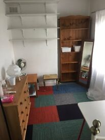 Nice good size room for long term let near great transport links and lots more.