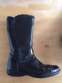 Black patent Clarks girls boots size 11.5G.