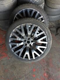 "22"" Range Rover alloys"