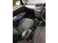 Fiat Grande punto 1.2 sport active ! START&DRIVE , but selling as spair or repair !